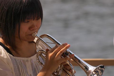 Midori Ito unterstützt Brass Band BlechKLANG bei KLANGspuren