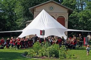 Brass Band BlechKLANG spielt Picknick mit Konzert 2017