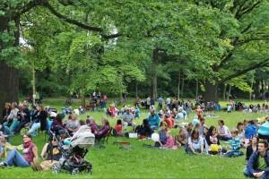 Brass Band BlechKLANG spielt Picknick mit Konzert