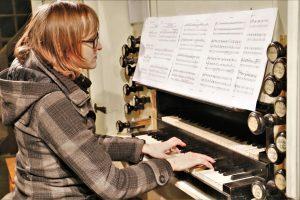 Mira Cieslak bei Blech trifft Orgel