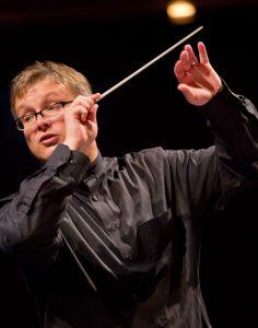 Philippe-Bach dirigiert die Jenaer Philharmonie